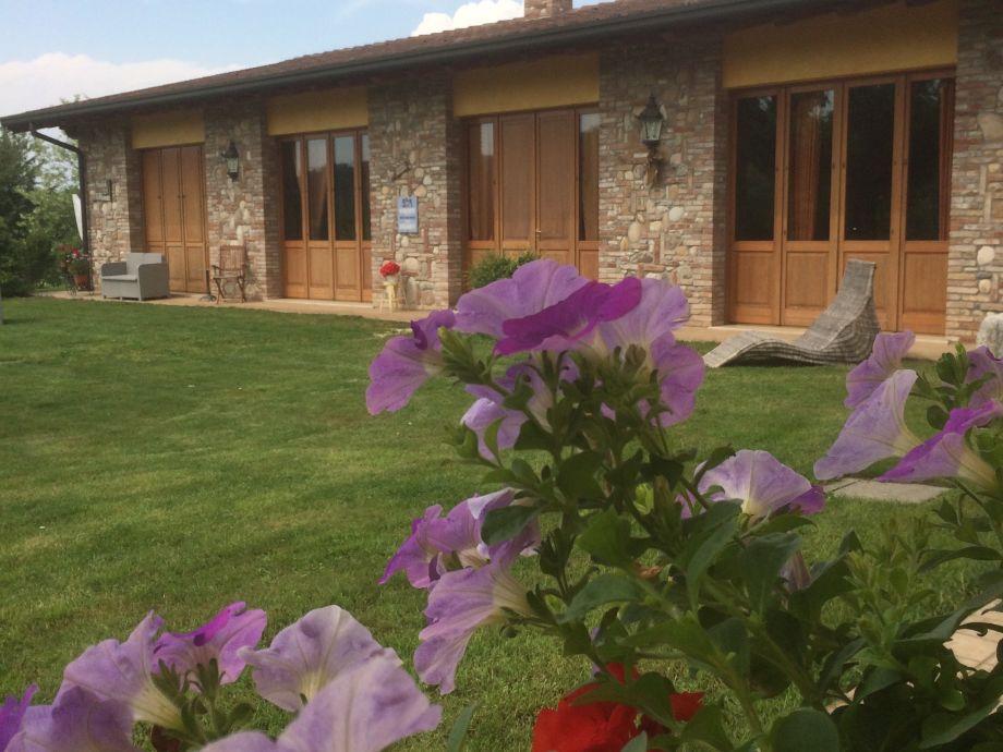 Außenaufnahme Villa Mirabello