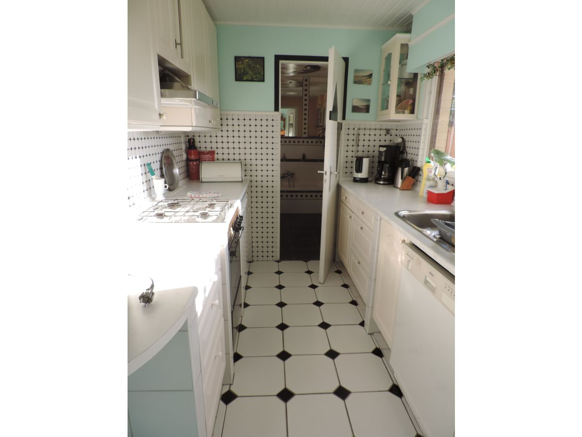 ferienwohnung florivan belgische nordseek ste oostende mariakerke bad frau genyflore glorieux. Black Bedroom Furniture Sets. Home Design Ideas