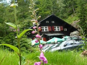 Ferienhaus bei der Pension Tokan