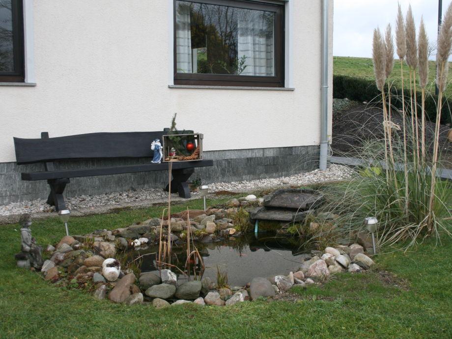 Bank am Teich