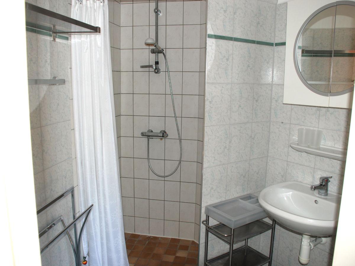 ferienhaus herckenstein 68 brouwershaven firma zeeland vakantiewoningenfrau atie oder herr ronald. Black Bedroom Furniture Sets. Home Design Ideas