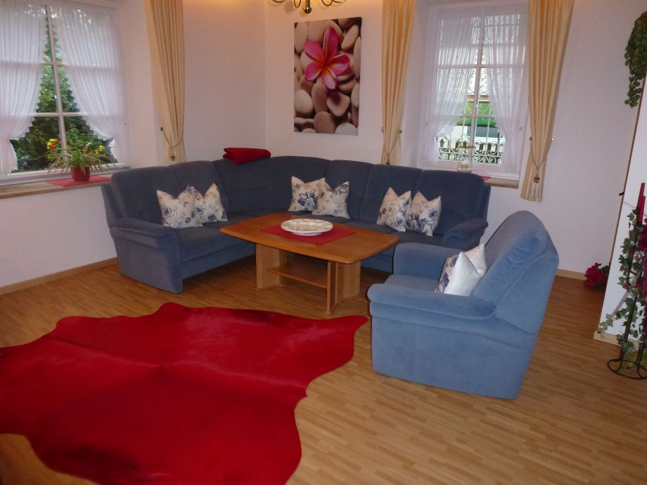 Gartenmobel Rattan Gunstig : wohnzimmer couch zu verschenkenWohnzimmer Sitzgarnitur Wohnzimmer