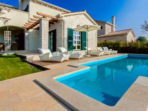 Villa Lasici