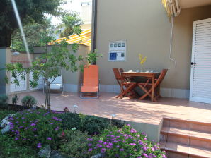 Holiday apartment Olivari
