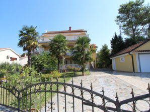 Holiday apartment Serbecic Marica