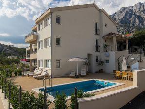 Ferienhaus Paolo mit Pool