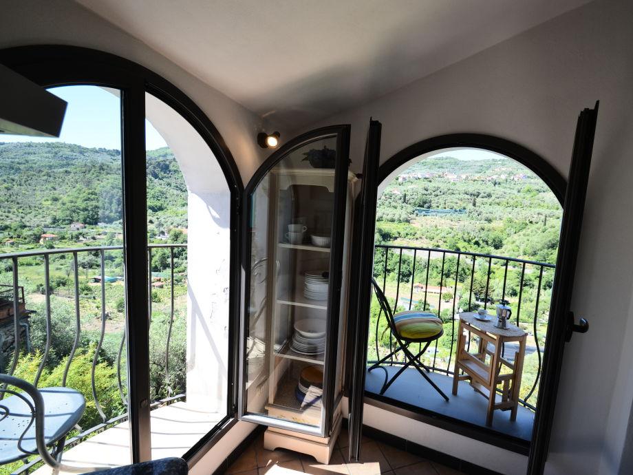 ferienwohnung zia maria ligurien firma. Black Bedroom Furniture Sets. Home Design Ideas