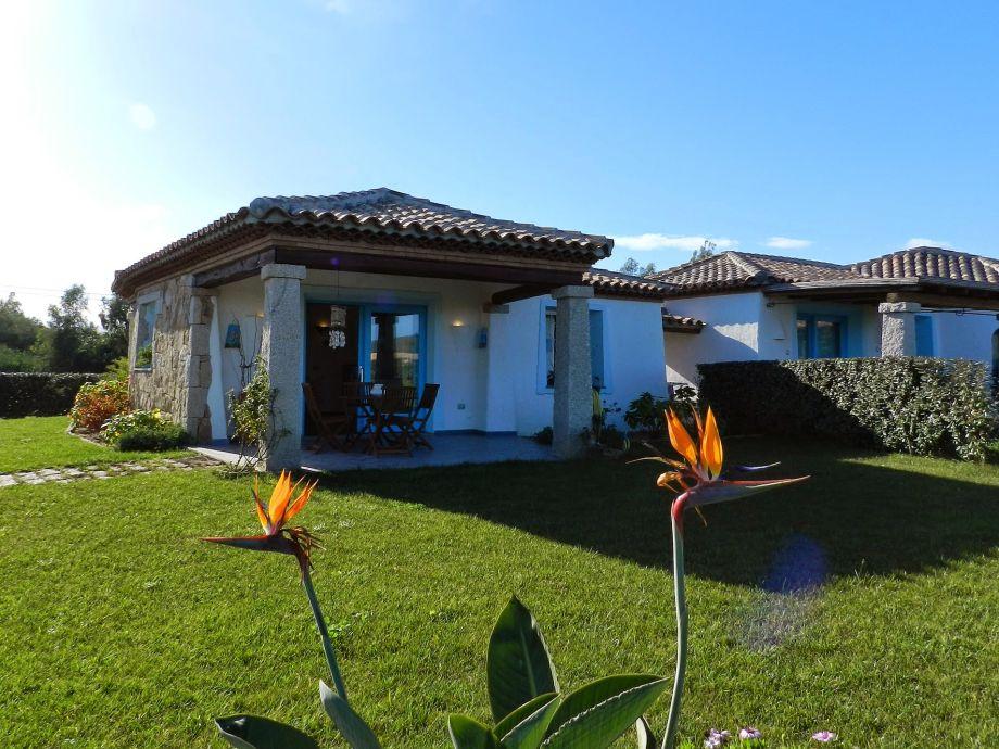 Ansicht Haus und Garten