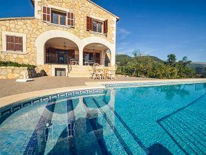 Villa Cada