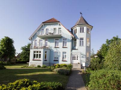 """vier"" in Villa Marie"