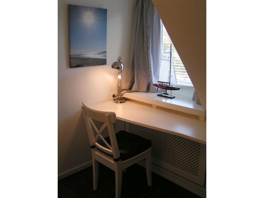 Ferienwohnung 5 landhaus excelsior sylt firma apartment for Schreibtisch 45 grad