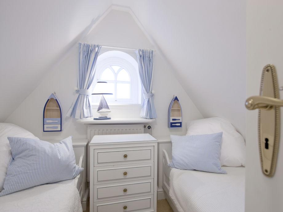 Schlafzimmer Behaglich ~ Dekoration, Inspiration Innenraum und Möbel Ideen