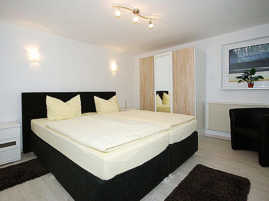 ferienwohnung waldoase 1 insel usedom kaiserb der seebad ahlbeck firma touristik service. Black Bedroom Furniture Sets. Home Design Ideas