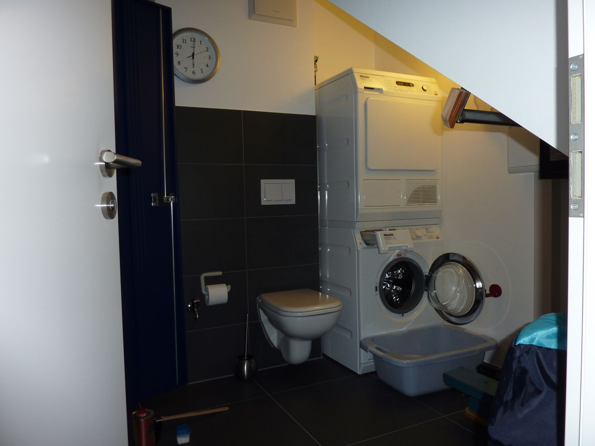 ferienwohnung 6 lotsenstieg 2 karlshagen insel usedom karlshagen firma wob objektverwaltung. Black Bedroom Furniture Sets. Home Design Ideas