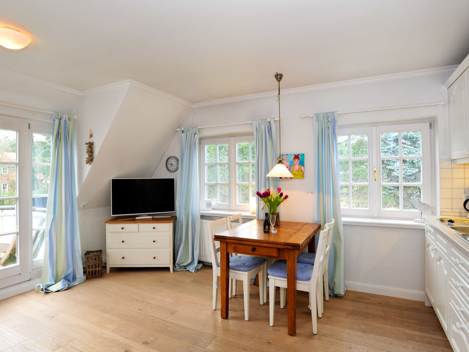ferienwohnung heidegrund 10 sylt firma appartementvermittlung frau annett bodewei. Black Bedroom Furniture Sets. Home Design Ideas