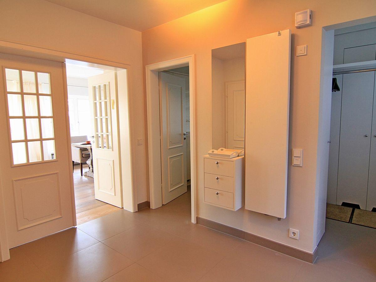 ferienhaus sjipkamp sylt firma fineline sylt ferienagentur gmbh frau. Black Bedroom Furniture Sets. Home Design Ideas