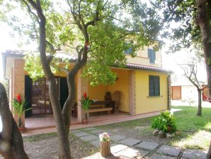 Holiday house 'Villa Due Cedri'