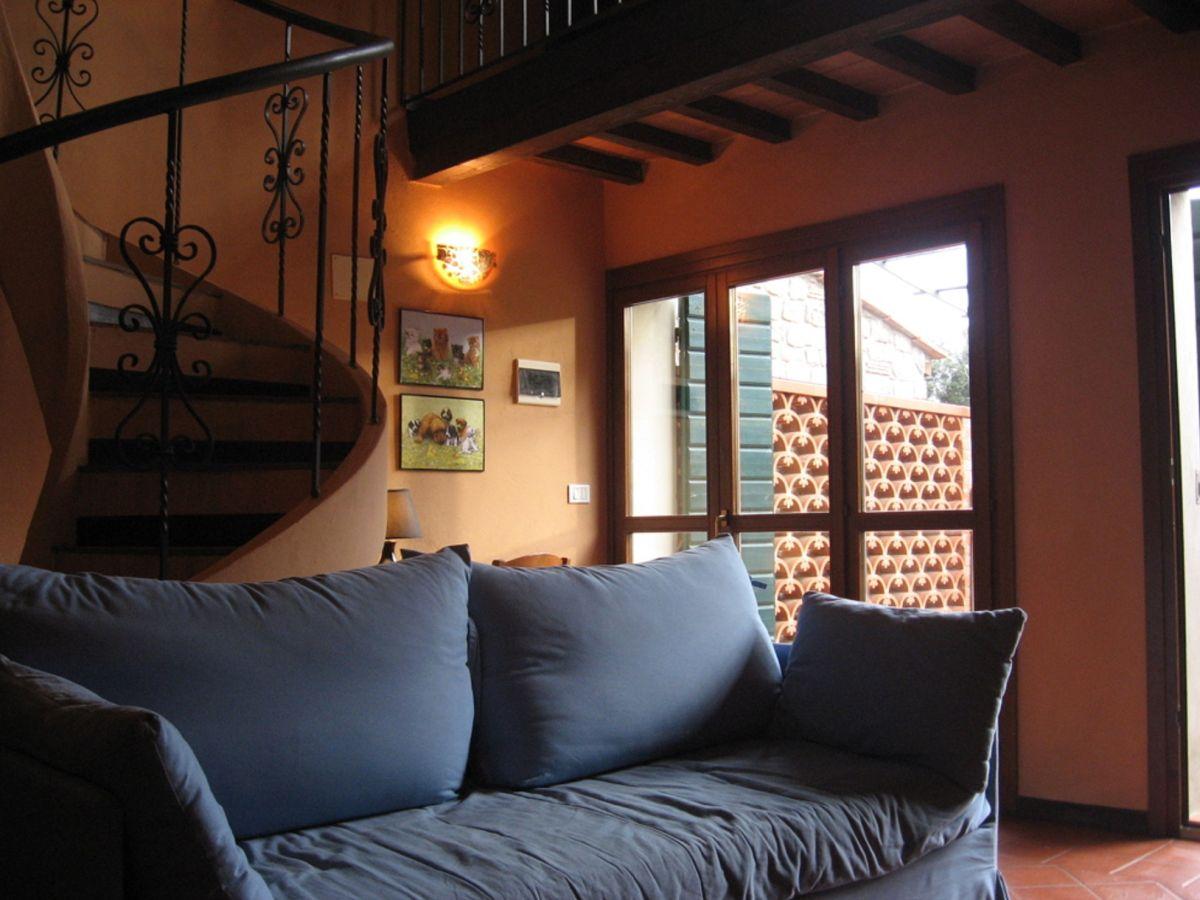 Ferienwohnung casa francesca sassetta frau elisa carlotti - Casa del divano letto ...