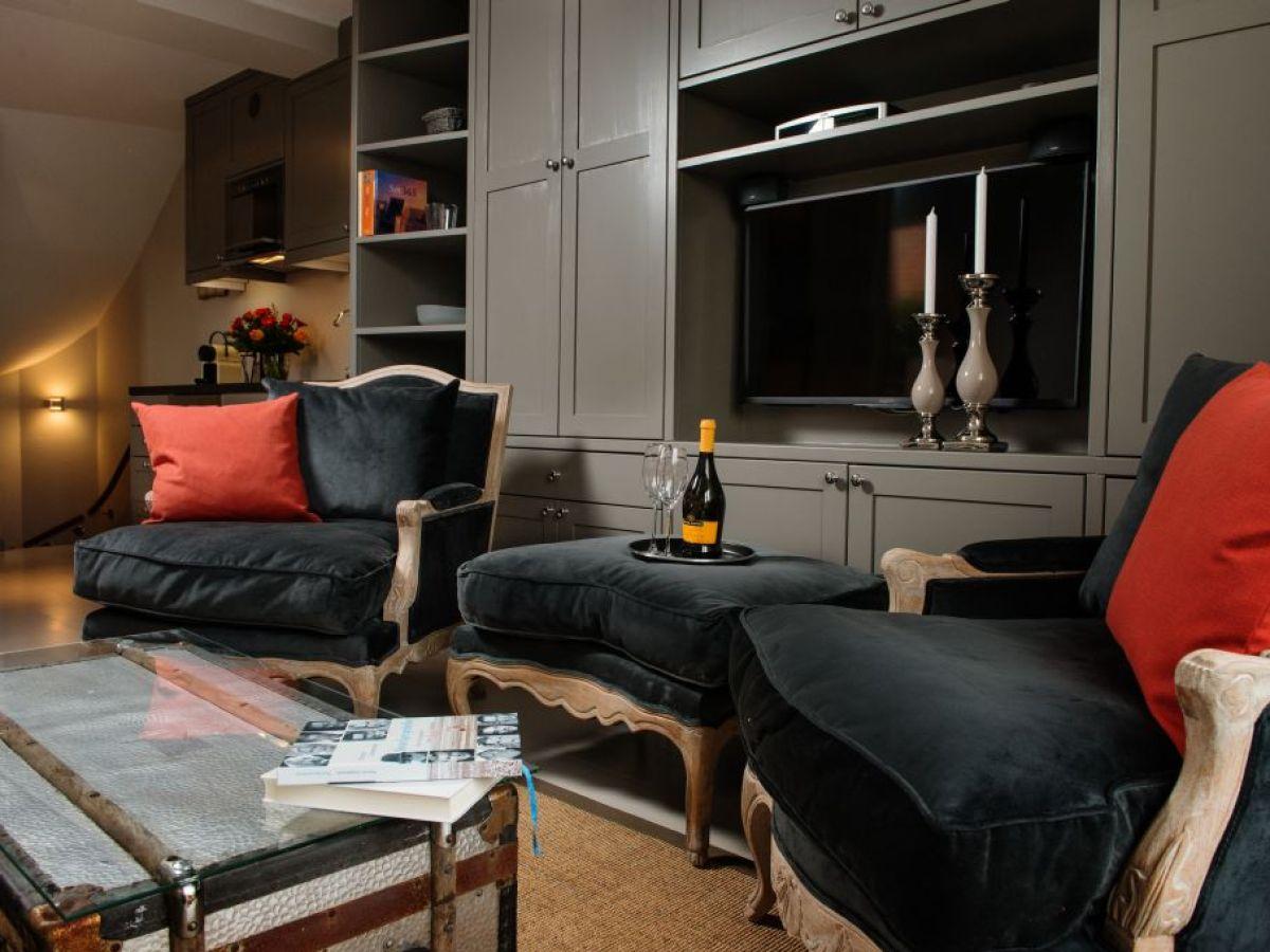 ferienwohnung 6 die villa 1903 k nig sylt hdv 06 sylt firma k nig appartment sylt gmbh. Black Bedroom Furniture Sets. Home Design Ideas