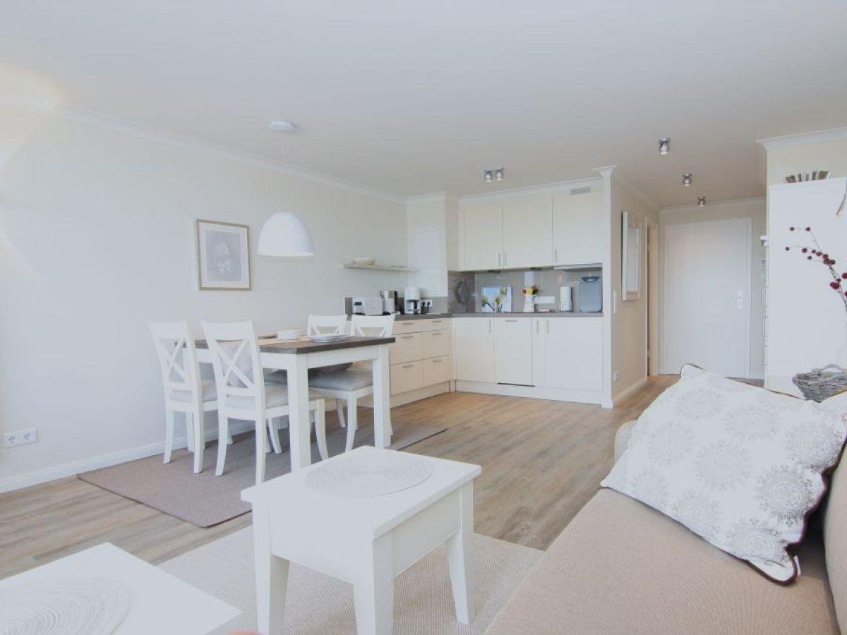 ferienwohnung 63 hanseatenhaus k nig sylt hhw 63 sylt. Black Bedroom Furniture Sets. Home Design Ideas