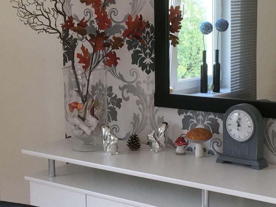 Herbstdekoration im Wohnzimmer