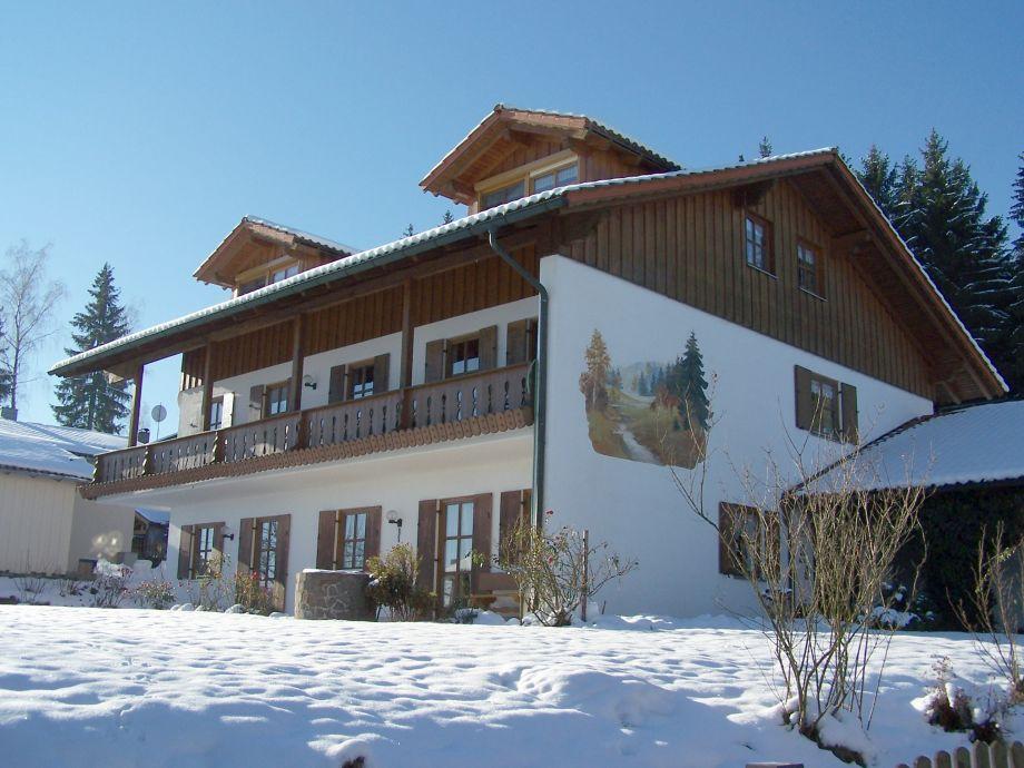 Winterbild vom Haus