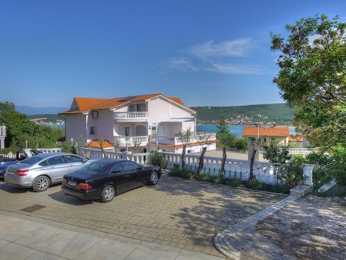 ferienwohnung 4 villa buric kroatien kvarner bucht insel krk cizici firma villa buric. Black Bedroom Furniture Sets. Home Design Ideas