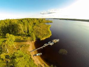 "Holiday house Fishing cottage ""Småland"" at top zander lake"