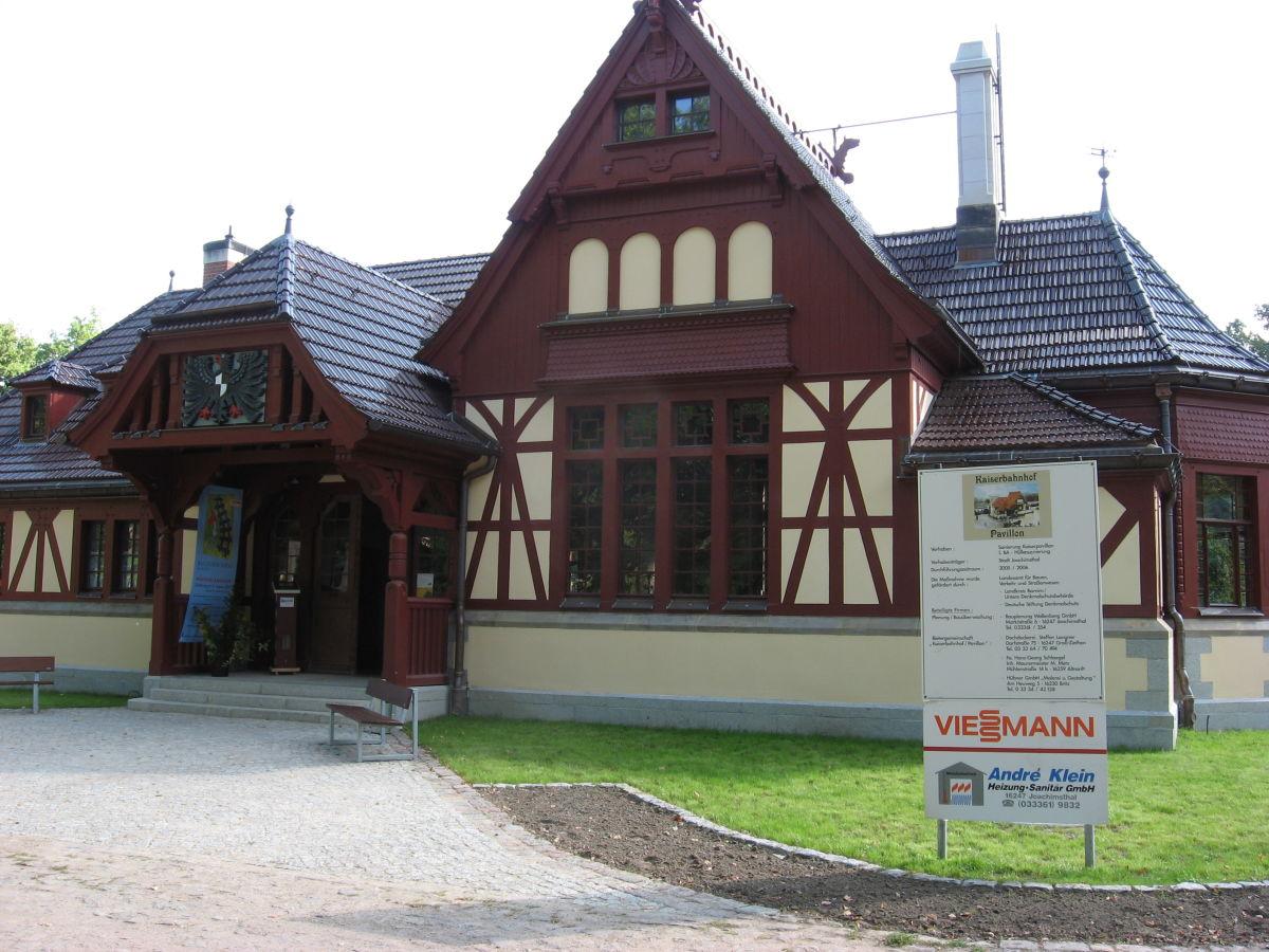 Bungalow am grimnitzsee mit seeblick barnimer land for Bungalow brandenburg