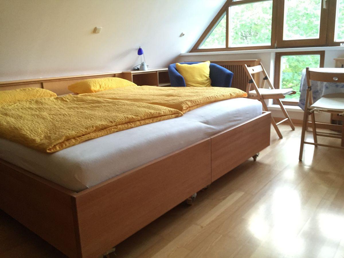 ferienwohnung walk 2 traunsee gmunden salzkammergut familie maria peter walk. Black Bedroom Furniture Sets. Home Design Ideas