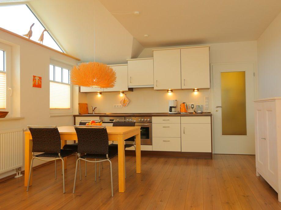 ferienwohnung 8 im haus thalia ostsee boltenhagen firma ostsee service boltenhagen gmbh firma. Black Bedroom Furniture Sets. Home Design Ideas