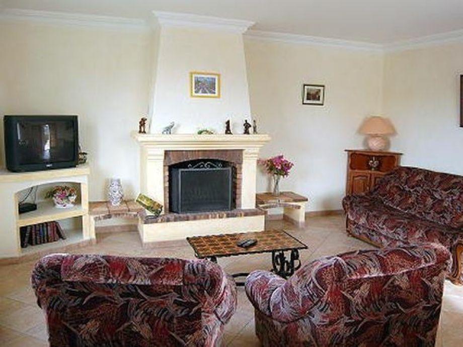 Modernes, typisch provenzalisches Wohnzimmer
