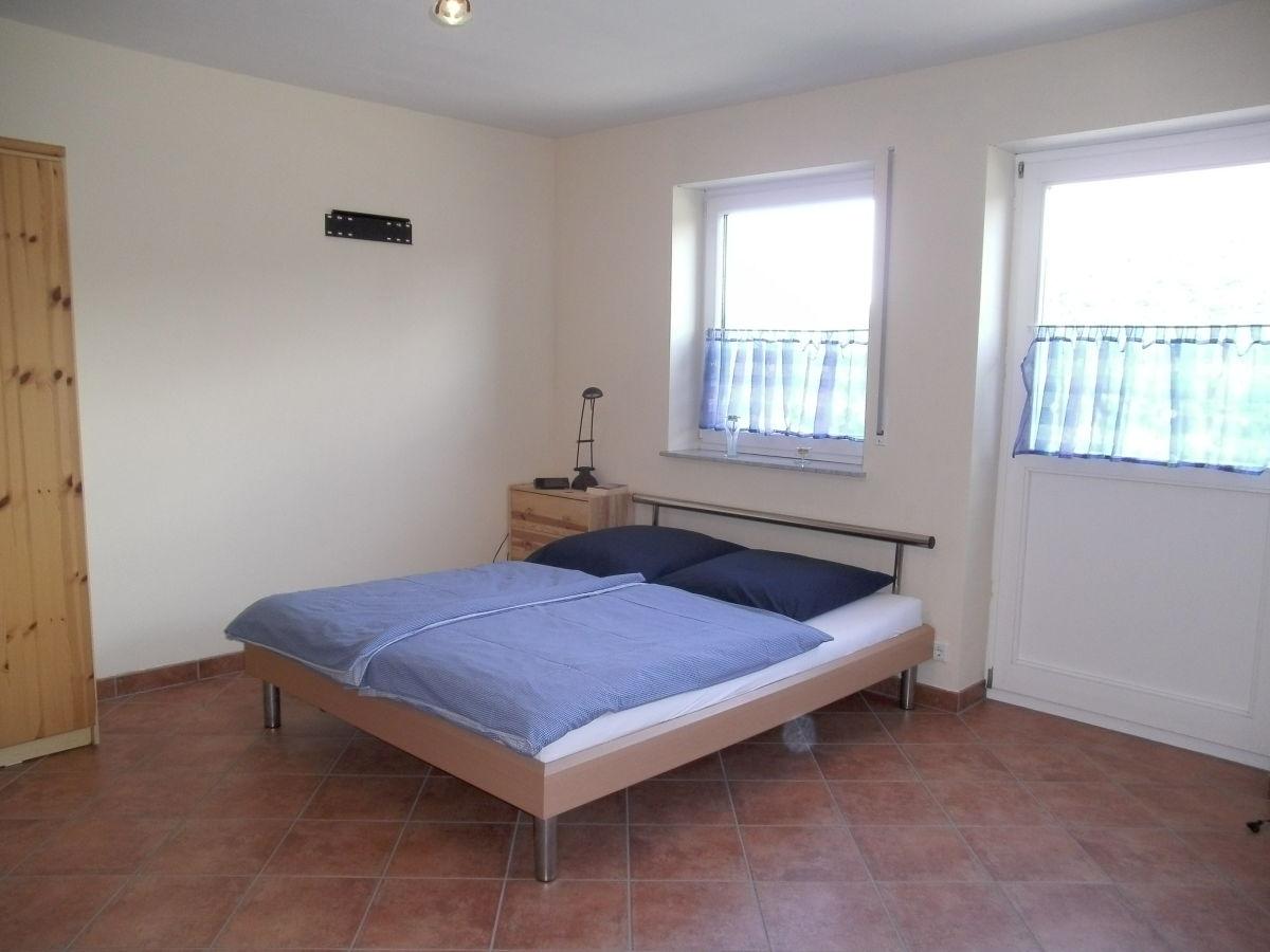 ferienwohnung moselpanoramablick 2 moseltal zwichen eifel und hunsr ck herr toni weber. Black Bedroom Furniture Sets. Home Design Ideas