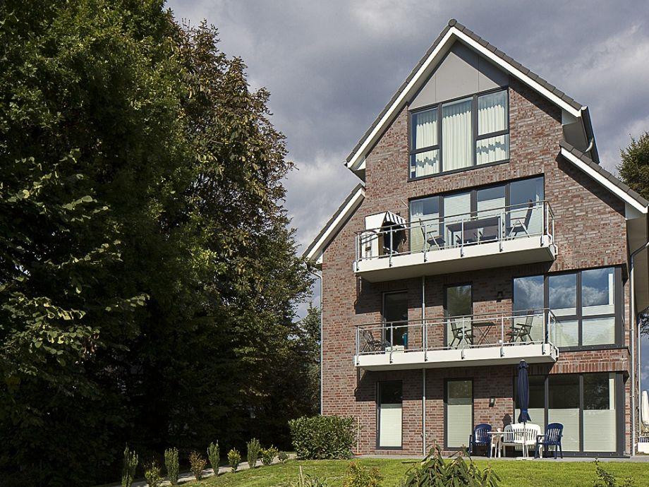 Das Haus - die Wohnung- oberer Balkon + ein höher