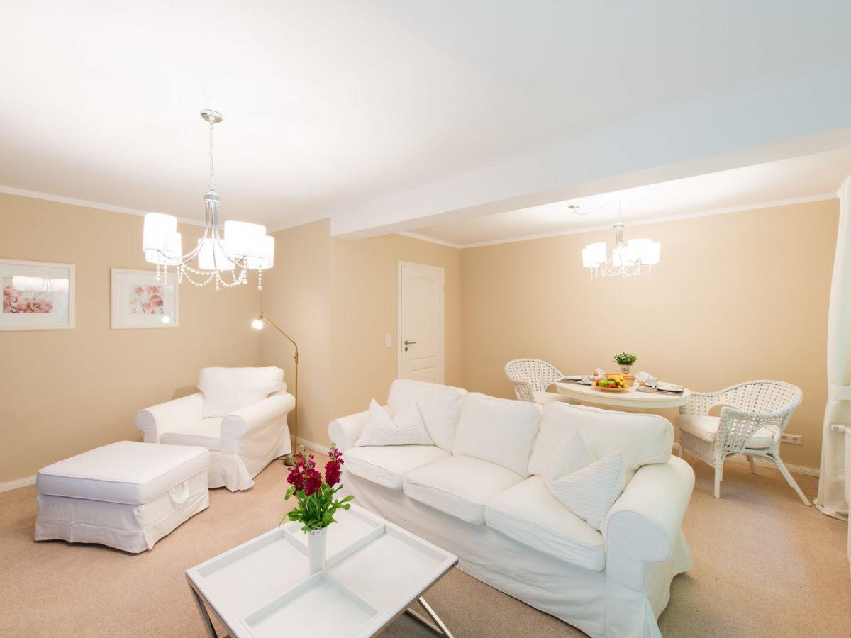 Ferienwohnung haus blume appartement 204 harz familie for Wohnzimmer mit esstisch