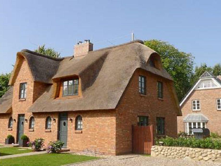 Reetdachdoppelhaus - rechts - Haus am alten Golfplatz