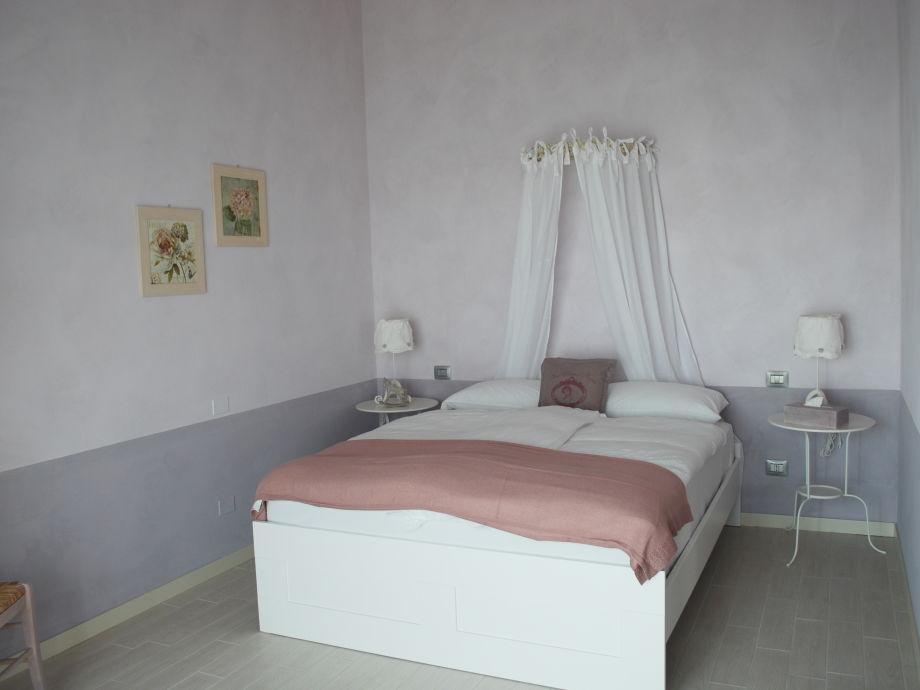 ferienwohnung la vendemmia gardasee firma borgo le. Black Bedroom Furniture Sets. Home Design Ideas