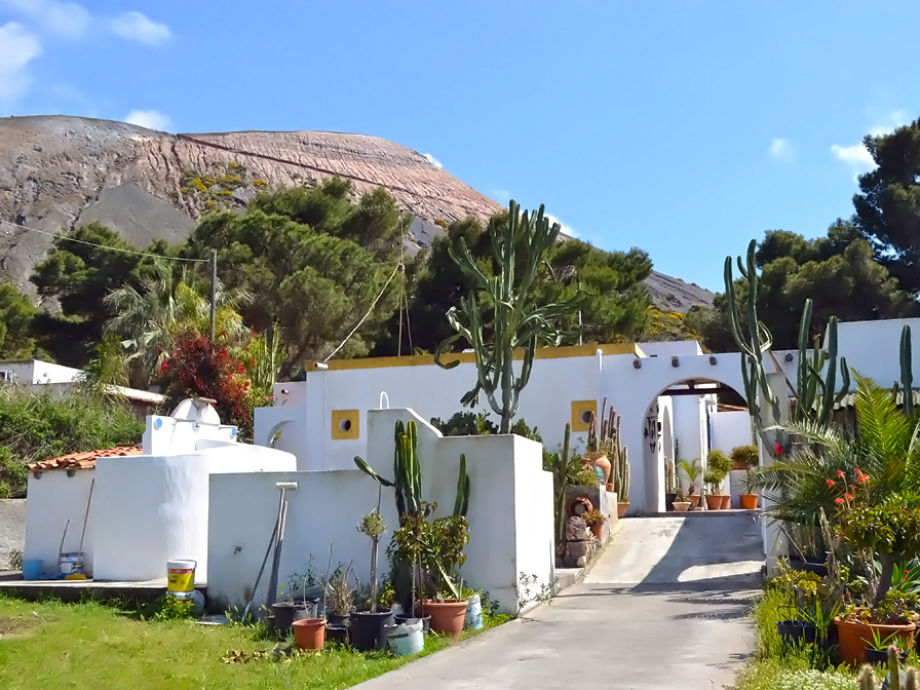 Residence Genovese am Fuße des Vulkanes