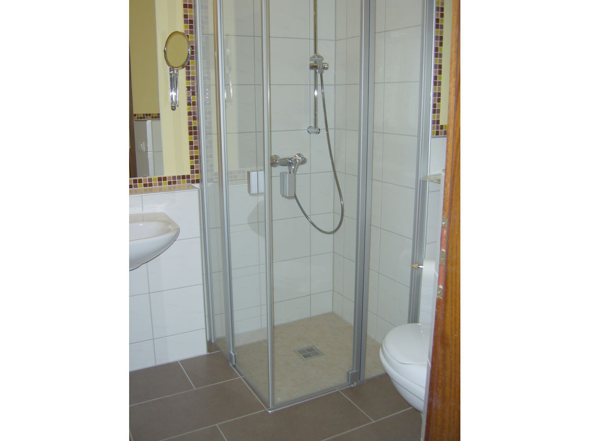 Ferienwohnung ponyhof ludwig lahn taunus firma reit - Ludwig badezimmer ...