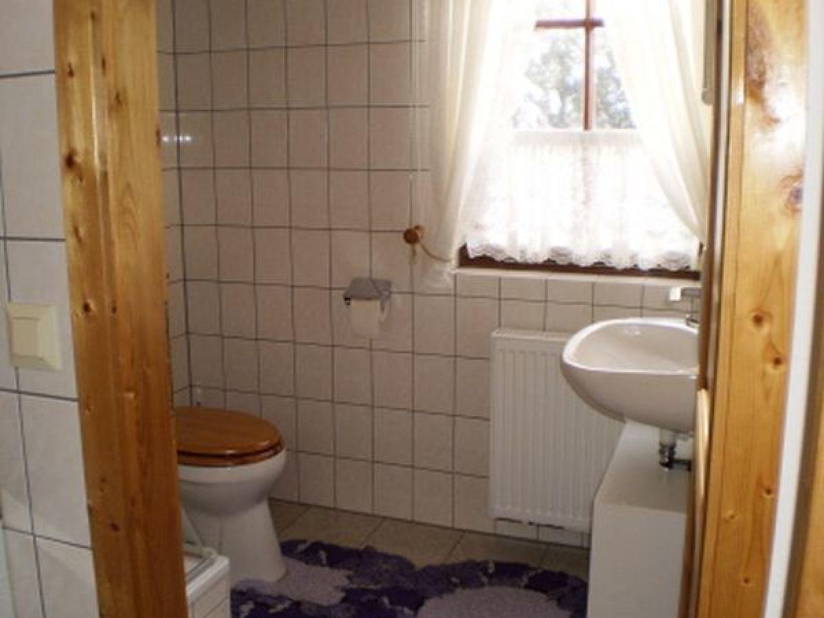uriges wohnzimmer:Ferienhaus in Nossentiner Hütte, Mecklenburgische Seenplatte – Firma
