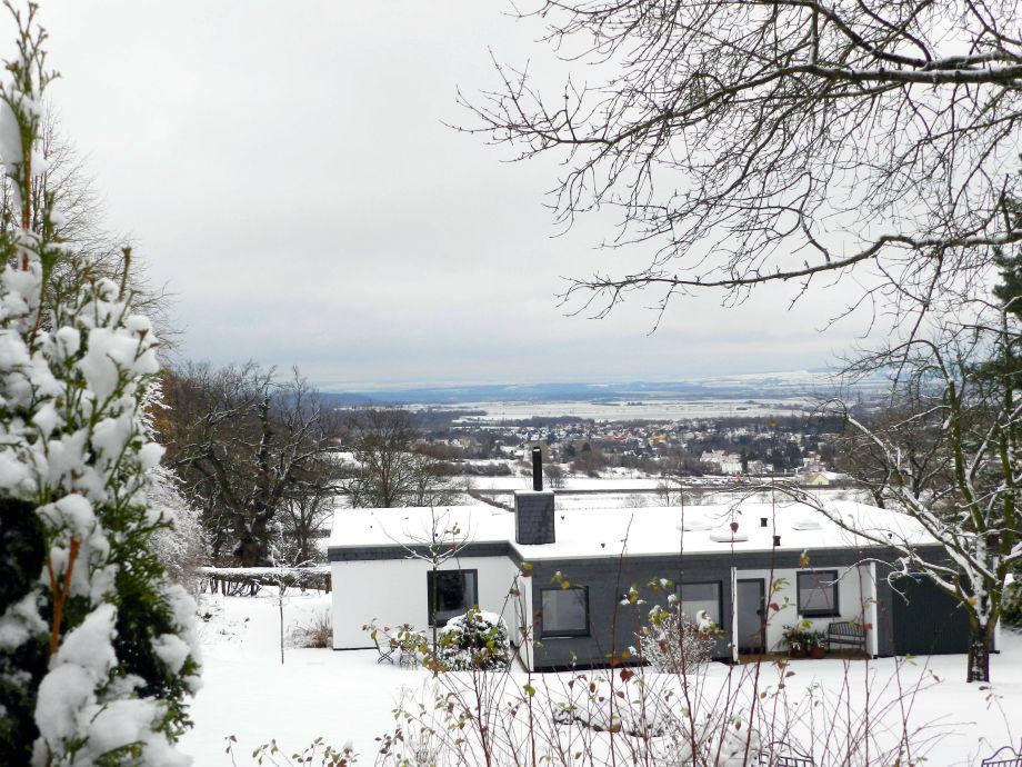 Henriettes Ferienhaus im frischen Schnee