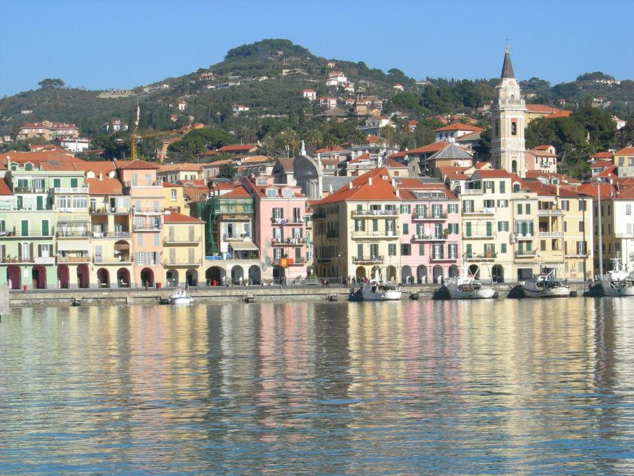 Ferienwohnung i 99 olivi agriturismo in ligurien for Oneglia imperia