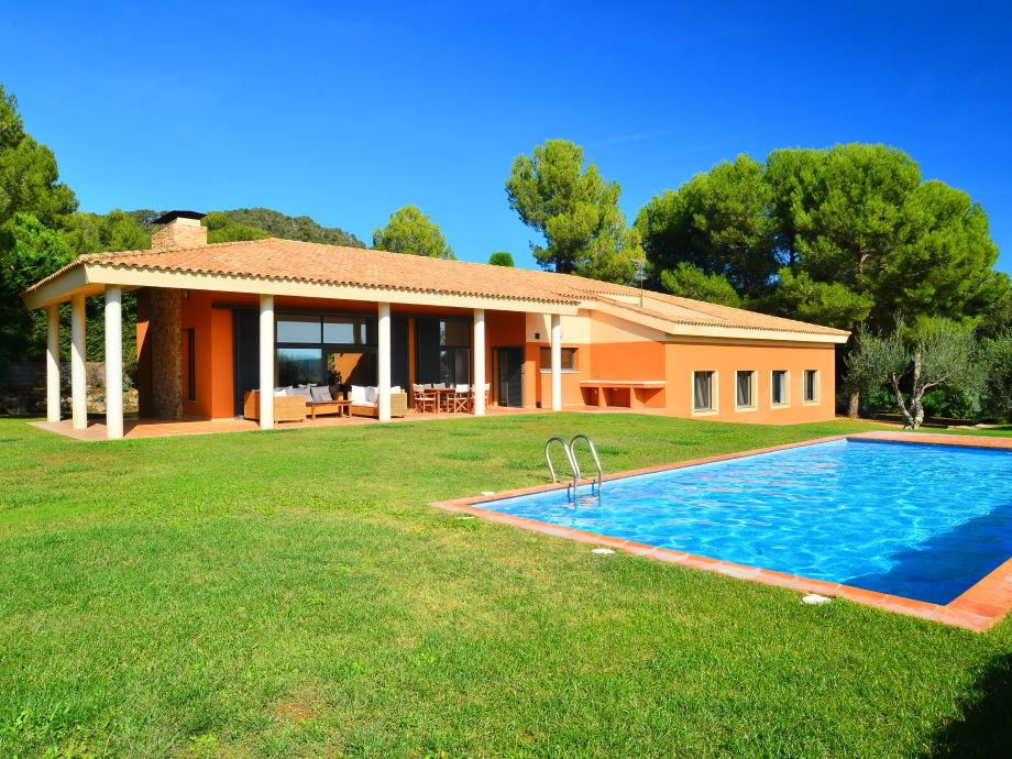 Privat-Garten und Pool