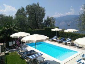 Ferienwohnung Gaia Pool Wifi