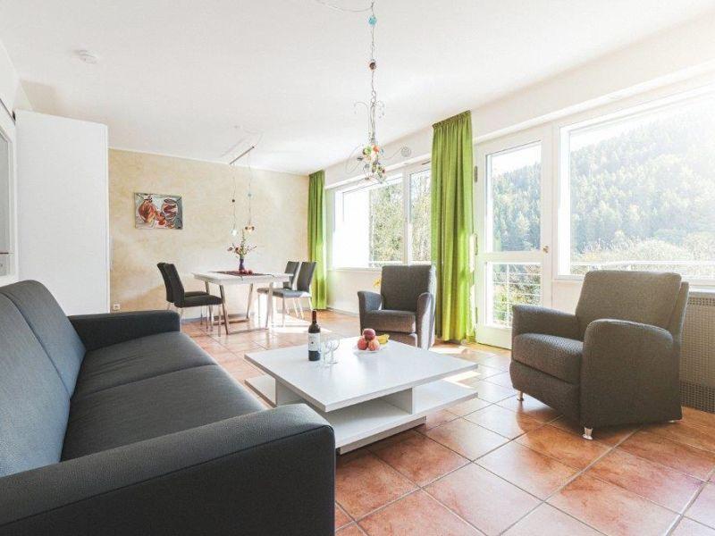 Rurtal Apartment 06