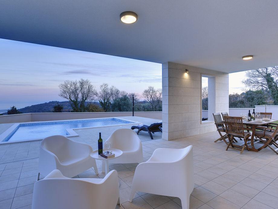villa histrica krnica firma tourist agency luna rossa. Black Bedroom Furniture Sets. Home Design Ideas