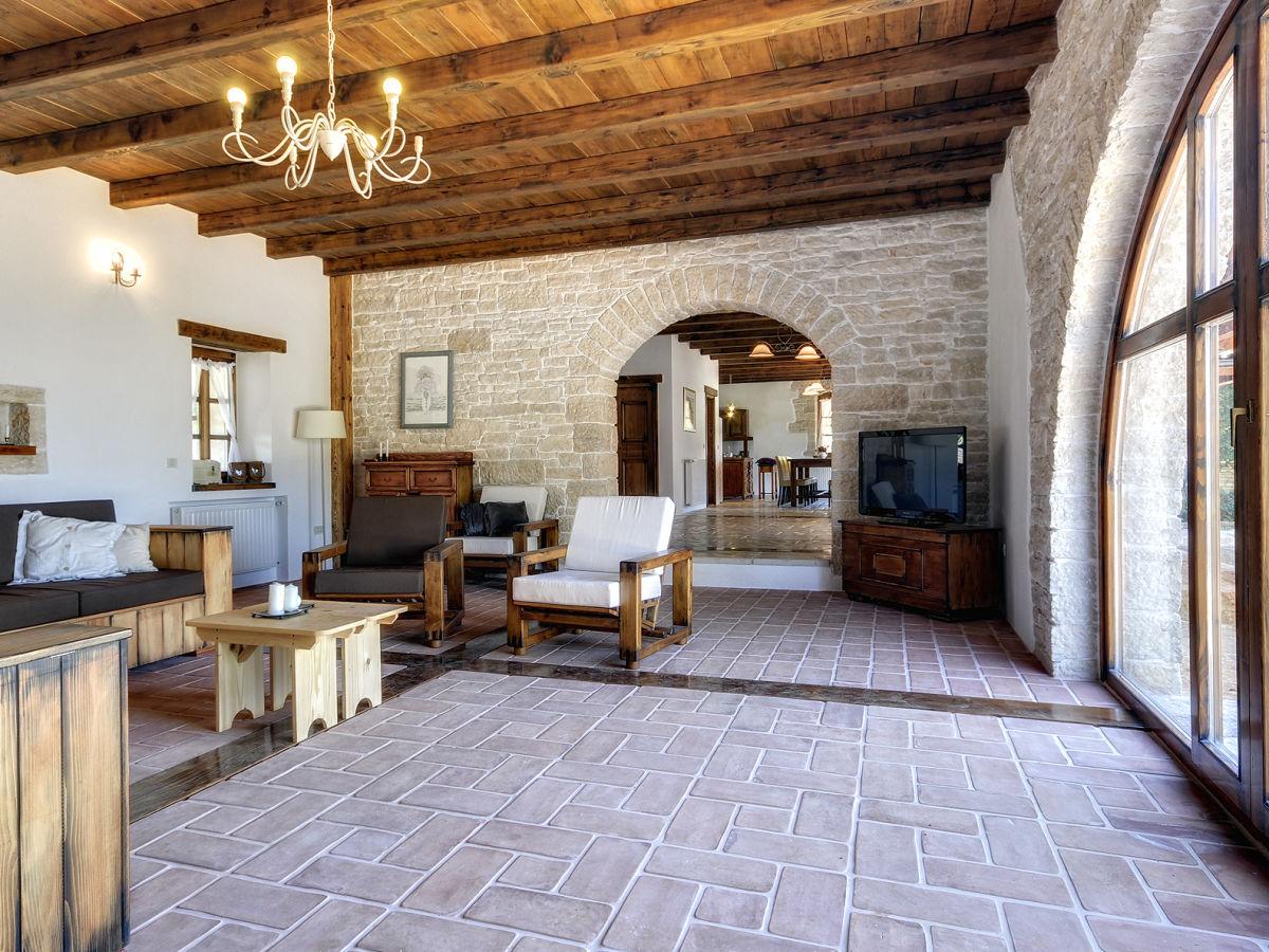 Villa corine porec istrien firma tourist agency luna for Rustikale einrichtung