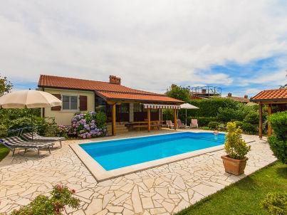 Villa Unuci