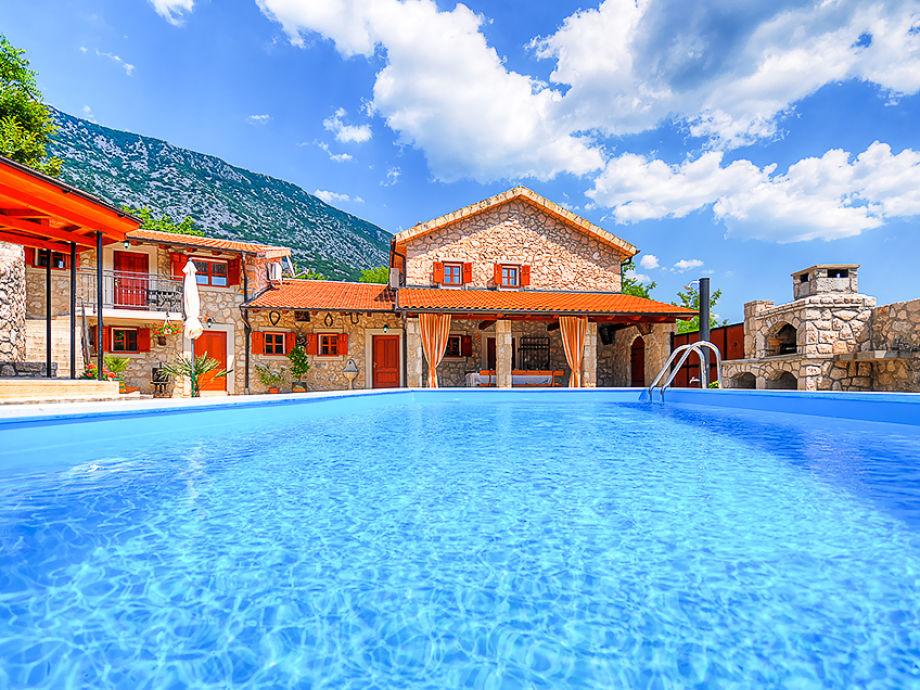 Außenaufnahme Villa Castra