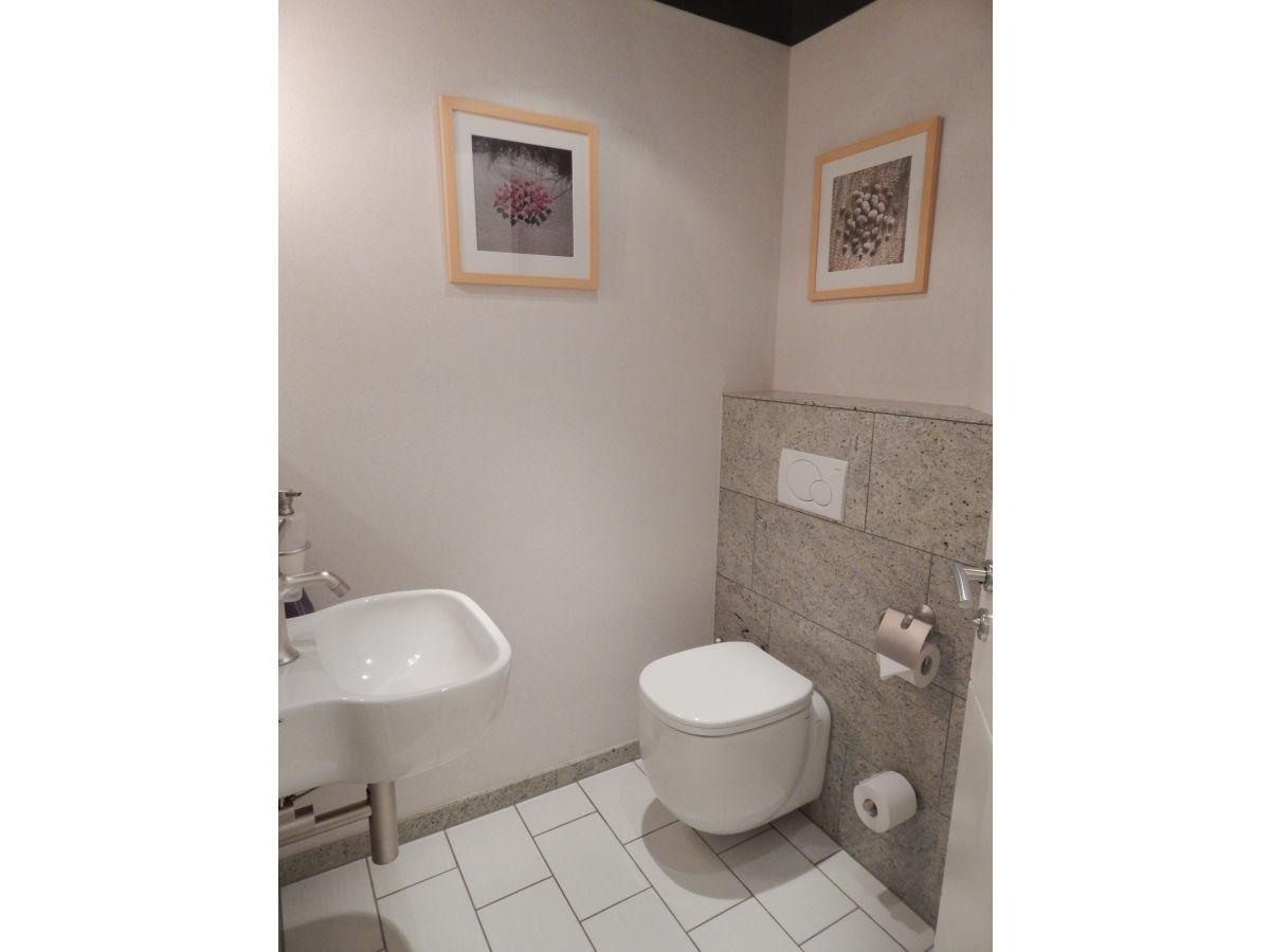 fabelhafte g ste wc m bel ebenbild erindzain. Black Bedroom Furniture Sets. Home Design Ideas